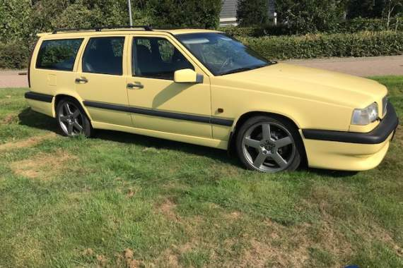 Volvo 850 cream Yellow T-5R 2.3i Turbo 20V Estate